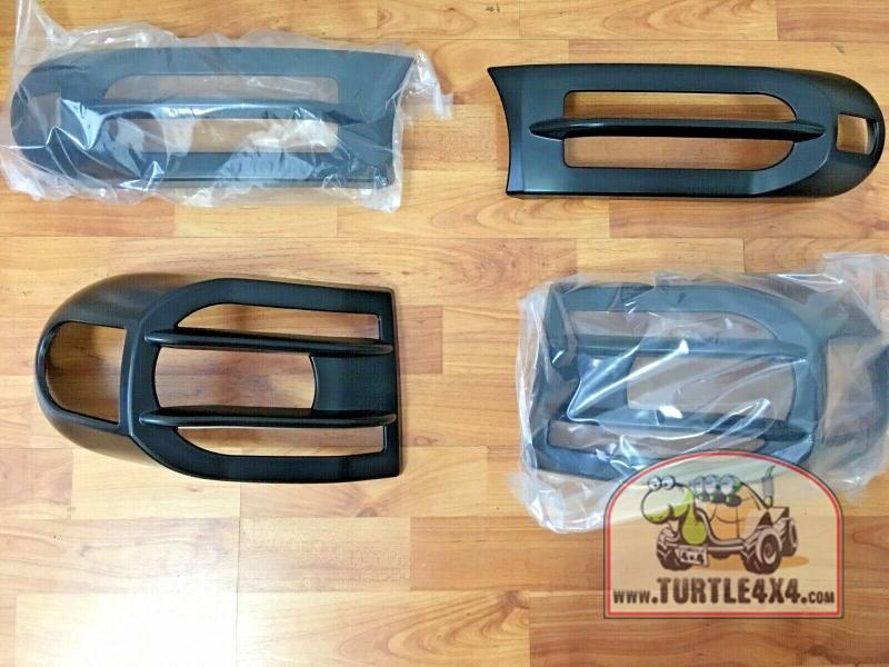 Накладки на передние и задние поворотники
