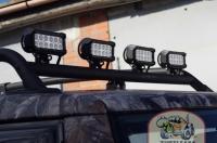 Установлена монтажная труба и 4 LED светильника рабочего направленного света