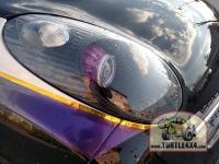 """Были модернизированы штатные фары. Врезаны 3"""" Bi-Xenon линзы с янтарной светодиодной подсветкой Ангельские глазки. Маски линз выкрашены в фиолетовый цвет. Отражатель выкрашен в черный мат."""