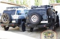 - установка допоптики на штатный багажник; - тюнинг-оптика; - выхлоп Dynamax; - силовые пороги.