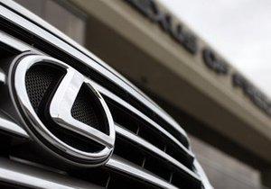Toyota получила рекордный штраф, замешкавшись с заменой ковриков