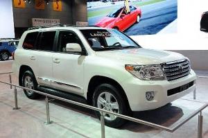 Toyota обновила Land Cruiser